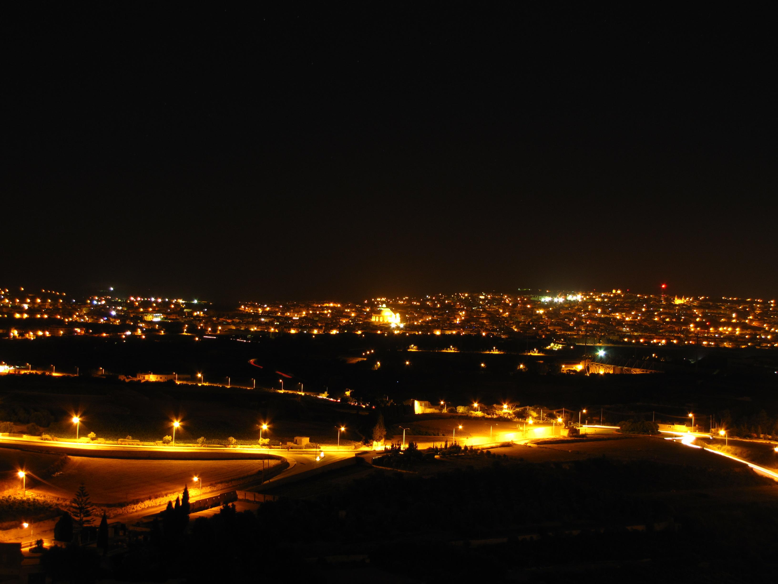 Нощна Малта