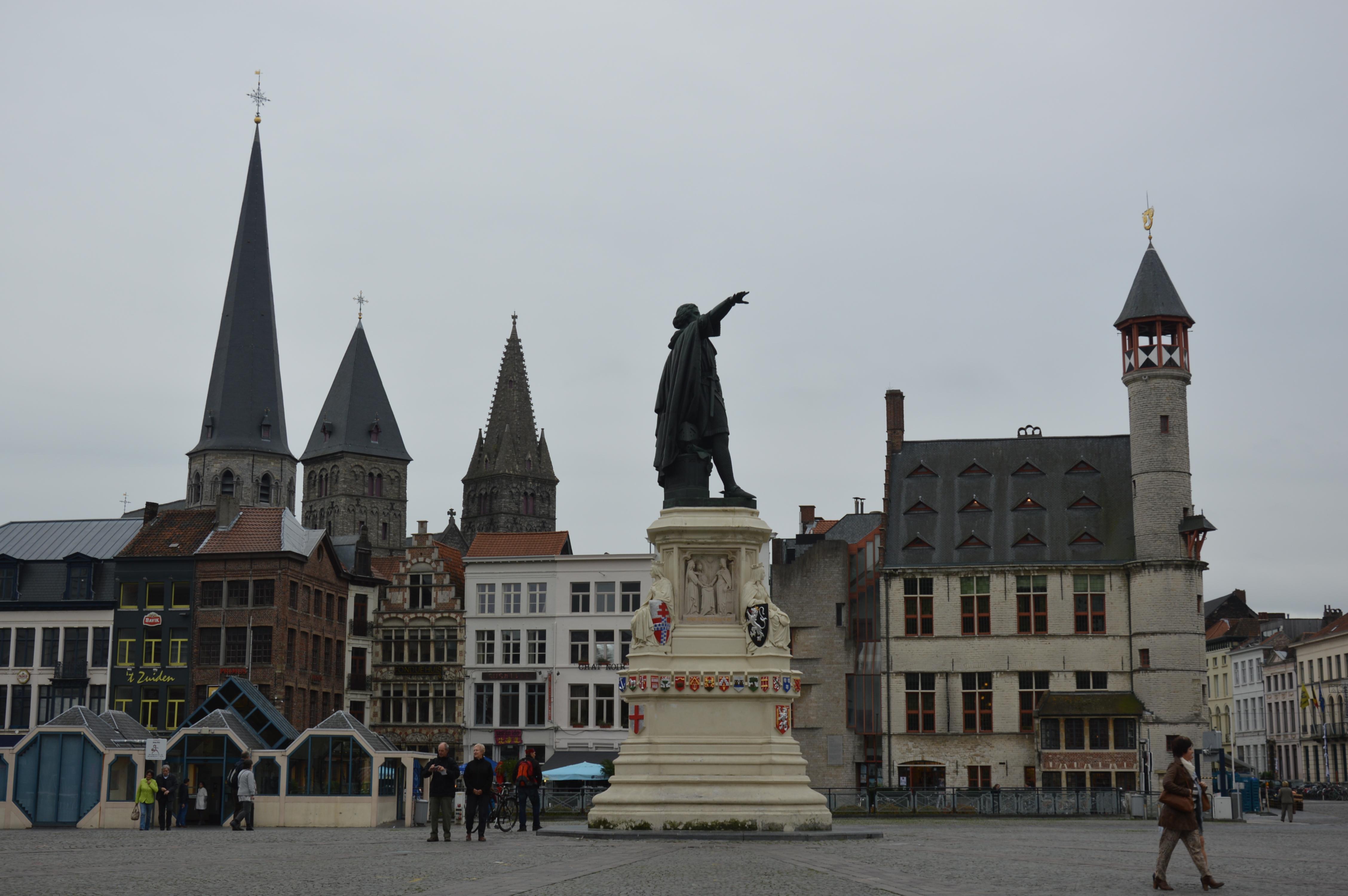 Паметник на Якоб Ван Артевелде