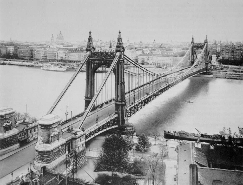 erzsc3a9bet_bridge_1903_budapest_hungary