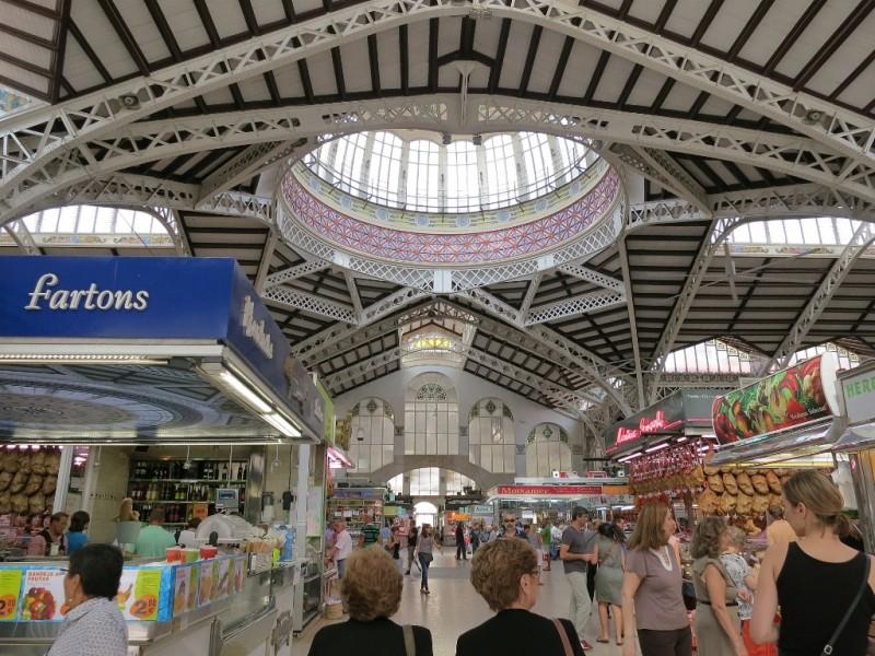 mercat-central-de-valencia-interior-spain-800x600